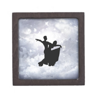 Lovers dancing in romance premium trinket boxes
