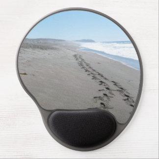 Lover's Footprints in Sand Gel Mousepad