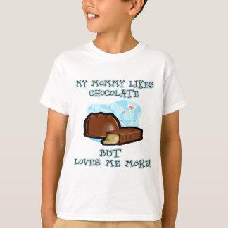 Loves-me-more T-Shirt