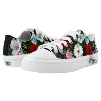 Low Cut Sneaker Shoes Roses and Flowers Design
