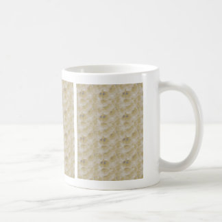 Low threshold inverted bubbles coffee mug