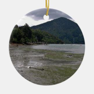 Low tide ornament