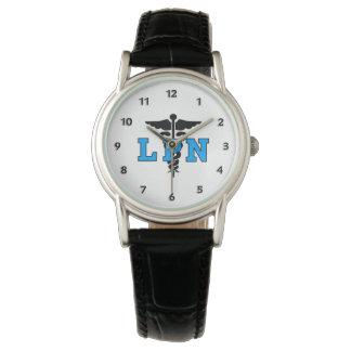 LPN cuida símbolo médico Relojes De Mano