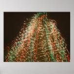 Luces abstractas del árbol de navidad, fondo negro poster
