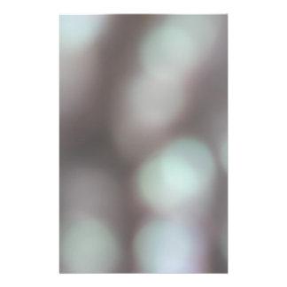 "Luces abstractas en colores suaves folleto 5.5"" x 8.5"""