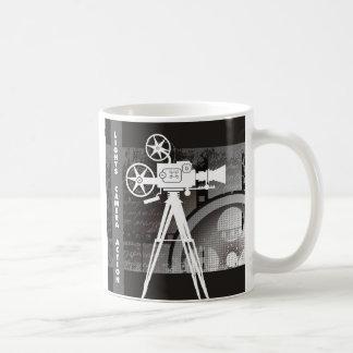 Luces, cámara, taza de café del tema de la