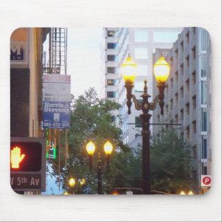 Luces céntricas de la ciudad de Portland Mousepads