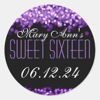 Luces chispeantes del dulce dieciséis púrpuras pegatina redonda