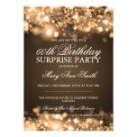 Luces chispeantes del oro de la fiesta de cumpleañ invitaciones personales
