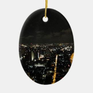 Luces de la noche de Bangkok Adorno Navideño Ovalado De Cerámica