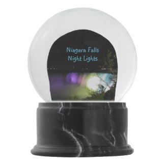 Luces de la noche de Niagara Falls Bola De Nieve