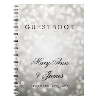 Luces del brillo de la plata del Guestbook del Libreta