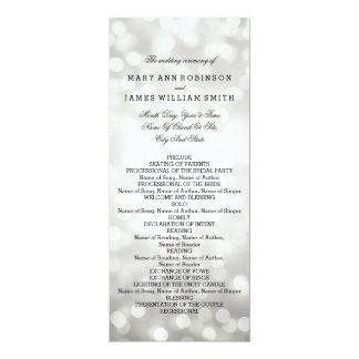 """Luces del brillo de la plata del programa del boda invitación 4"""" x 9.25"""""""