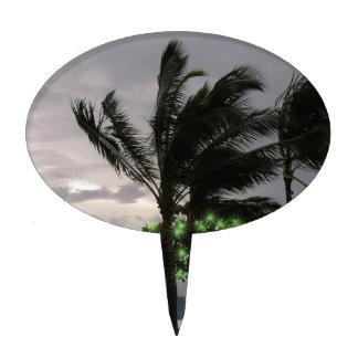 Luces del día de fiesta en las palmeras decoración de tarta
