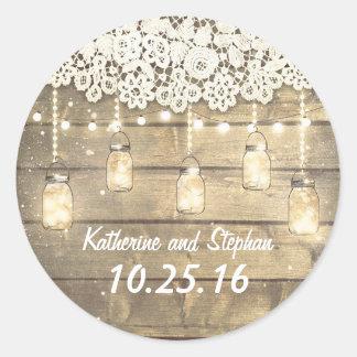 Luces del tarro de albañil del granero y boda pegatina redonda