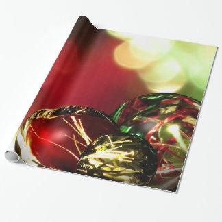 Luces rojas, verdes, del oro de Bokeh y ornamentos Papel De Regalo