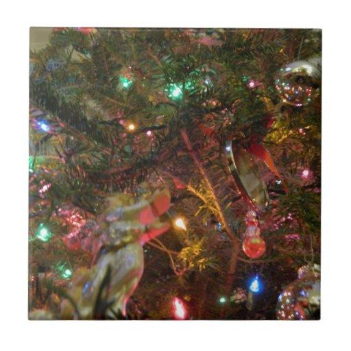 Luces y ornamentos de navidad tejas  ceramicas