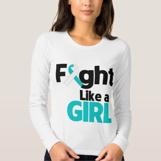 Lucha del cáncer de cuello del útero como un chica playera