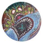 Lucha del tiburón del zombi plato