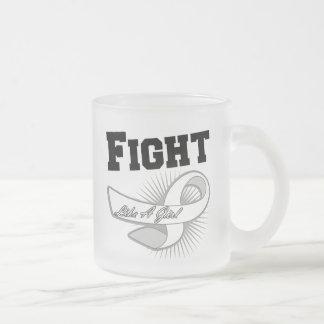 Lucha deportiva del cáncer de hueso como un chica taza