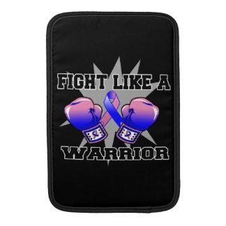 Lucha masculina del cáncer de pecho como un guerre funda  MacBook