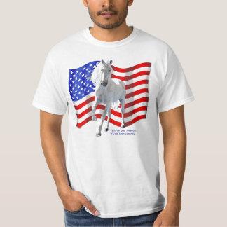 Lucha para el caballo blanco de la libertad polera
