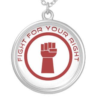 Lucha para la su derecha colgante redondo