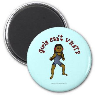 Lucha para mujer oscura imán de frigorífico