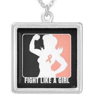 Lucha uterina de la fuerza del cáncer como un chic grimpola