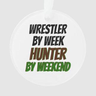 Luchador del cazador de la semana por fin de