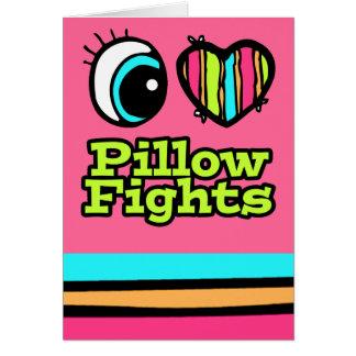 Luchas de almohada brillantes del amor del corazón tarjeta de felicitación