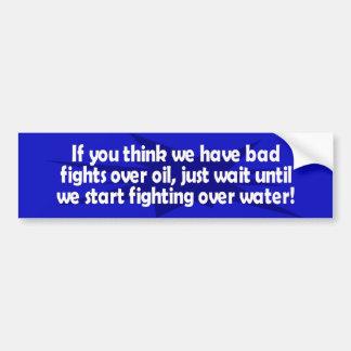 luchas sobre el agua etiqueta de parachoque