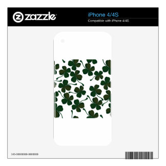 lucky clover iPhone 4S skin