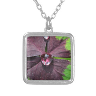 Lucky clover with a water drop square pendant necklace