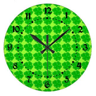 Lucky Four Leaf Clover Clock