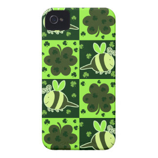 Lucky Green Checkered Bee Pattern iPhone 4 Cover