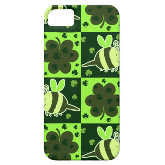 Lucky Green Checkered Bee Pattern iPhone 5 Cases