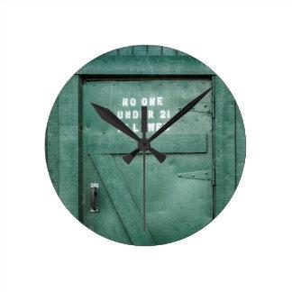 Lucky Irish Pub Round Wall Clock