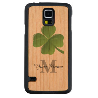 Lucky Irish shamrock clover monogrammed Carved® Cherry Galaxy S5 Case