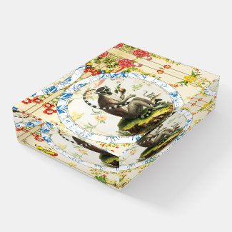 Lucky Monkey | Paperweight