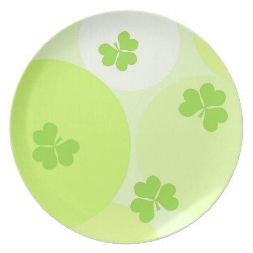 Lucky shamrocks pattern dinner plates