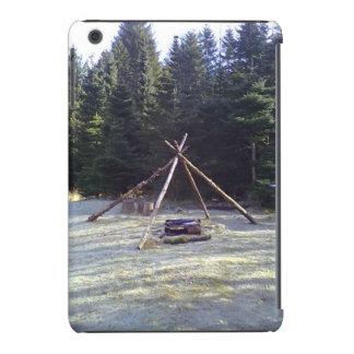 Lugar de descanso stor.jpg del bosque fundas de iPad mini retina