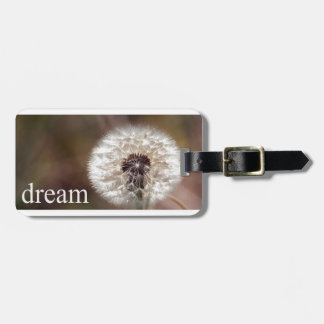 Luggage tag for dreamers