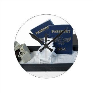 LuggageBeachChairPassports011815.png Round Clock