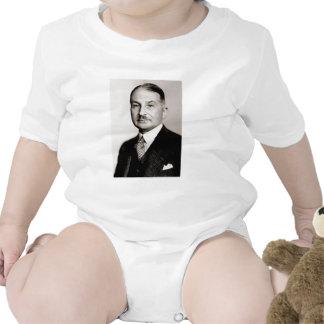 Luis von mises trajes de bebé