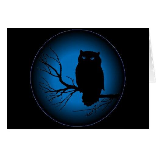 Luna azul del búho fantasmagórico tarjeta de felicitación