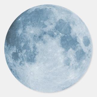 Luna azul pegatina redonda