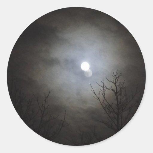 luna brillante del cielo negro pegatina redonda