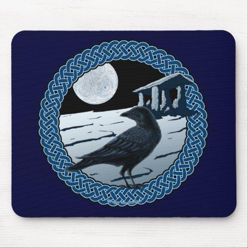Luna, cuervo y dolmán célticos Mousepad Alfombrilla De Raton