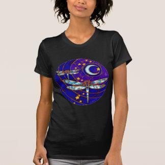 luna de la libélula camisetas